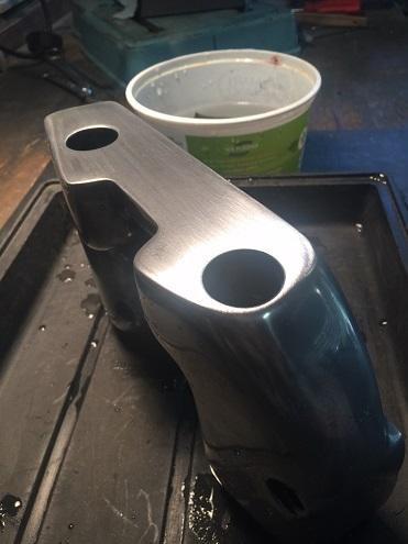 polish aluminum valve covers