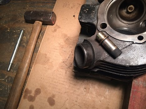 how to remove valve guides from cylinder head